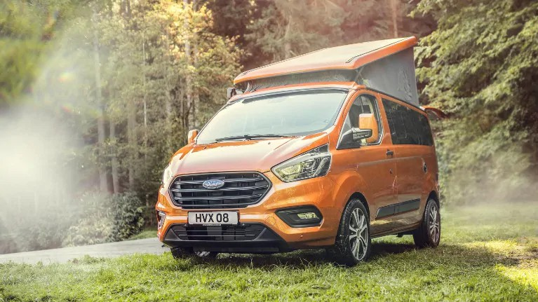 Ford Nuovo Transit Custom Nugget 01
